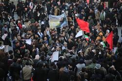 Kirman halkı Şehit Süleymani'nin cenaze töreni için toplandı