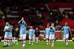 Manchester adını finale yazdırdı
