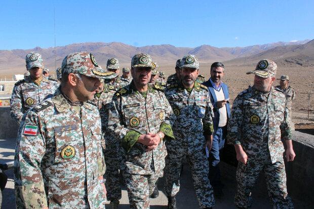صباحي فرد يتفقد مقرات الدفاع الجوي في خنداب بمركز إيران