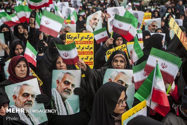 تجمع مردمی درحمایت از آغاز انتقام سخت در تبریز
