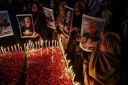 VIDEO: Shia Muslim women in Pakistan mourns for martyr Gen. Soleimani