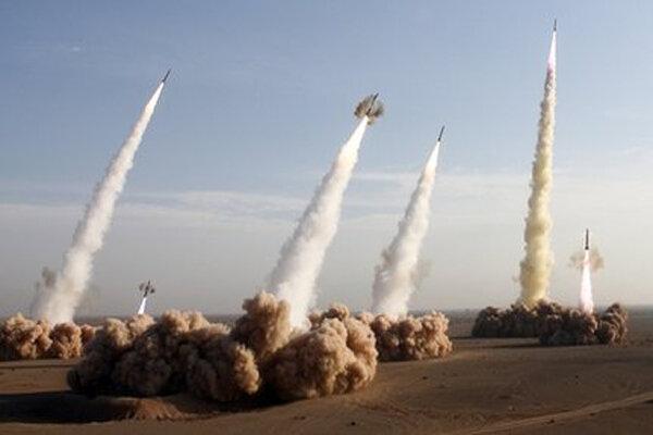 همه اهداف امریکا در خاورمیانه در تیررس موشکهای ایران است