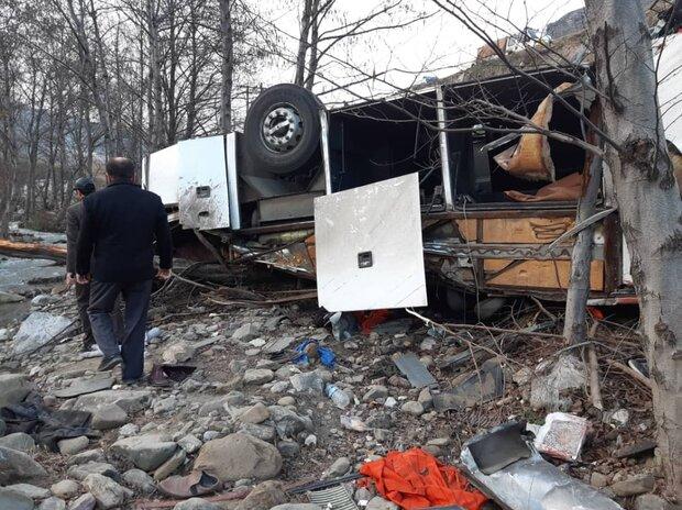 اتوبوس واژگون شده در سوادکوه دارای نقص فنی بوده است