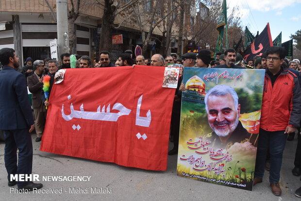 شهیدسلیمانی همانندهشت سال دفاع مقدس درمقابل استکبار ایستادگی کرد