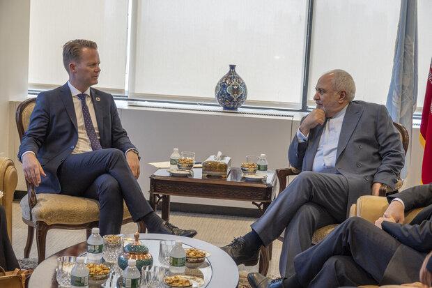 وزیر امور خارجه دانمارک با ظریف گفتگو کرد