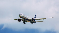 Aeroflot completed a round trip from Moscow to Tehran hours after other airlines canceled or diverted flights. (Hans Johnson / Flickr)
