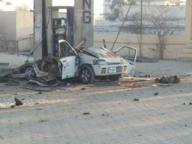 پاکستان میں گاڑی میں گیس سلنڈر کے دھماکہ سے خاتون ہلاک