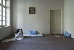 مرور خاطرات گذشته در «نیمفاصله»/ عکسهایی که کارگردانی شده است