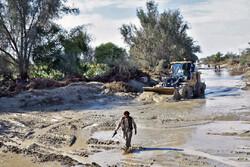 راه ارتباطی ۱۲۵ روستای حاشیه تفتان و میرجاوه بر اثر سیلاب بسته شد