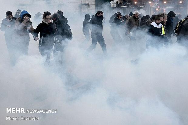 مظاهرات عنيفة في باريس
