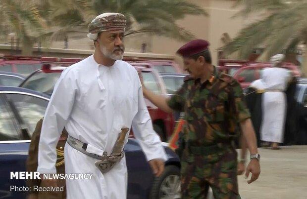 السلطان هيثم بن طارق يهنئ بالعيد الوطني للجمهورية الإسلامية الإيرانية