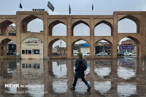 بارش برف و باران در یزد