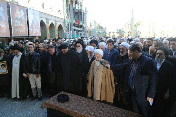 قم میں آیت اللہ رسولی محلاتی کی تشییع جنازہ