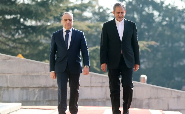 تہران میں شام کے وزير اعظم کا باقاعدہ استقبال