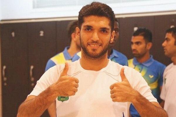 بازیکن ذوب آهن به فولاد خوزستان پیوست