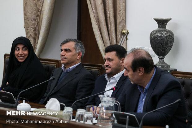 جلسه نمایندگان عضو فراکسیون دیپلماسی و منافع