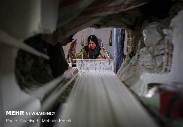 جاجیم بافی در زیارت گلستان