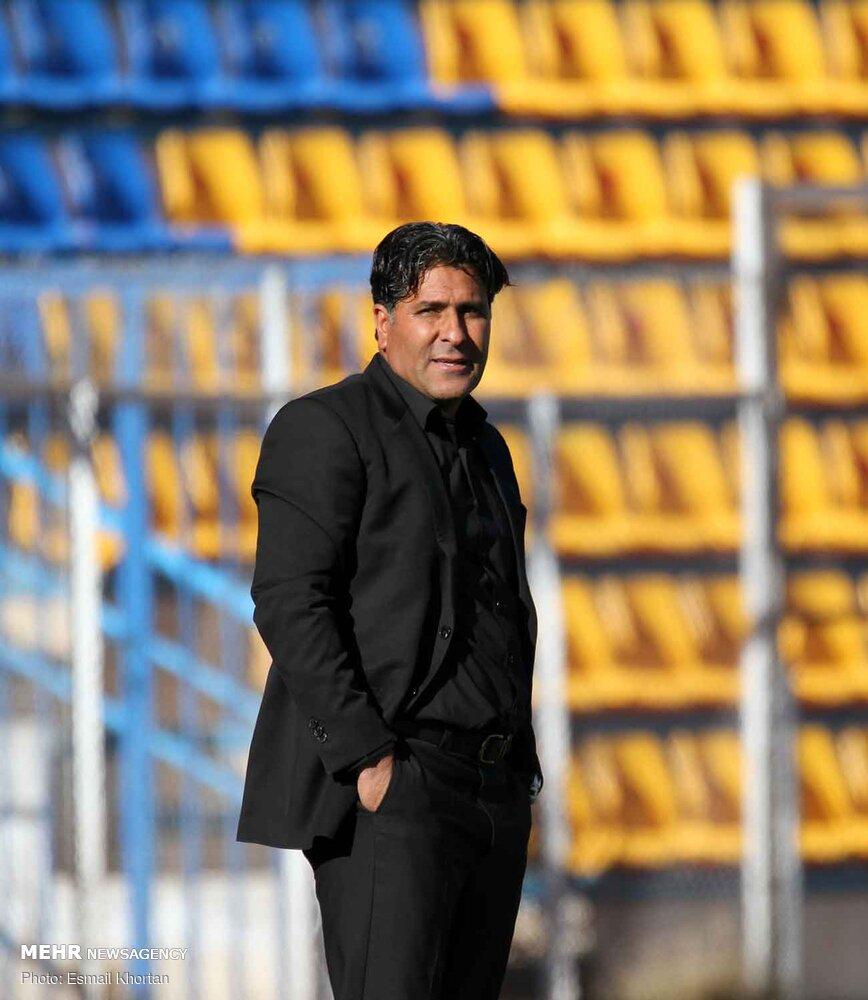 دیدار تیم های فوتبال آرمان گهر سیرجان و ملوان بندرانزلی