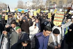 راهپیمایی حمایت از اقتدار و صلابت نظام در کرمان برگزار شد