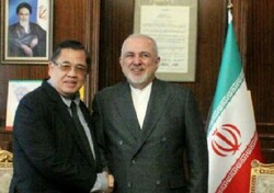 Zarif meets with Philippine president's special envoy