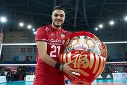 شریفی: «معروف» نعمتی برای تیم ملی ایران است