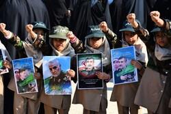 Huzistan'da Devrim Muhafızları'na destek gösterisi