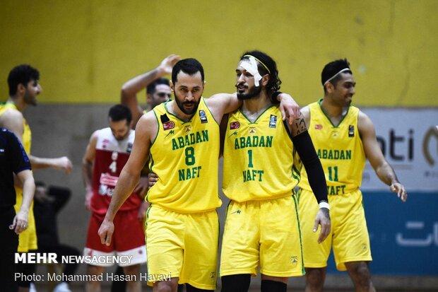 دیدار تیم های بسکتبال پالایش نفت و مهرام تهران