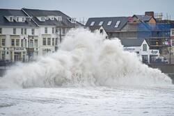 خلیج بنگال میں موجود سمندری طوفان میں شدت آگئی