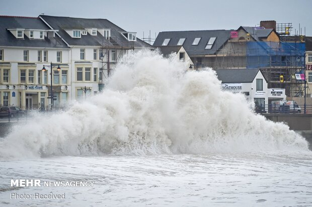 طوفان شدید در جنوب انگلیس