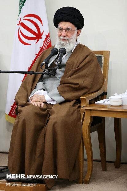 دیدار اعضای ستاد کنگره ۲ هزار شهید استان بوشهر با رهبر معظم انقلاب
