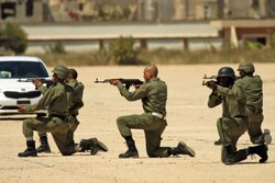 """""""النفط الليبية"""" تحذر حفتر من إغلاق حقول وموانىء النفط"""