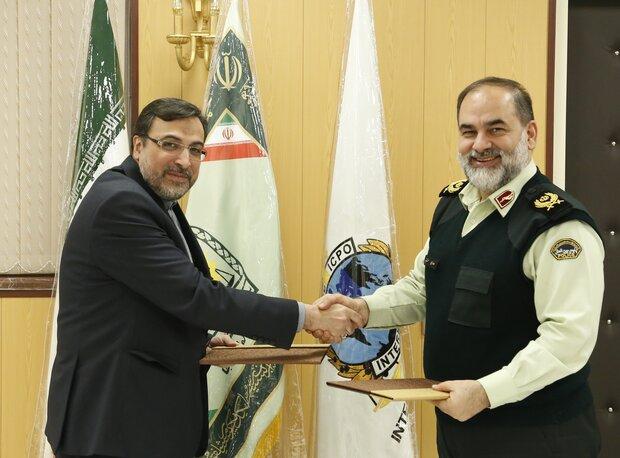 امضای تفاهم نامه همکاری پلیس بین الملل و وزارت خارجه