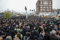 تہران میں نماز جمعہ میں عوام کی بھر پور شرکت