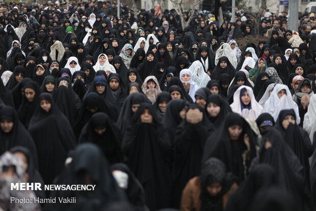 اقامه نماز جمعه در اطراف مصلی تهران