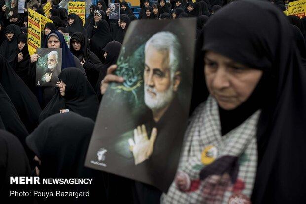 راهپیمایی مردم رشت در حمایت از سپاه پاسداران انقلاب اسلامی