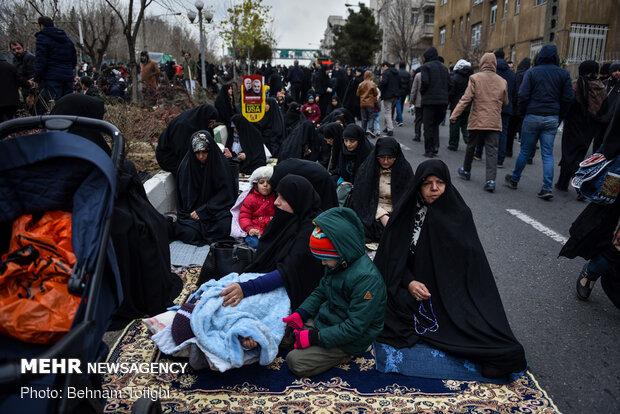 حاشیه هایی از نمازجمعه تهران
