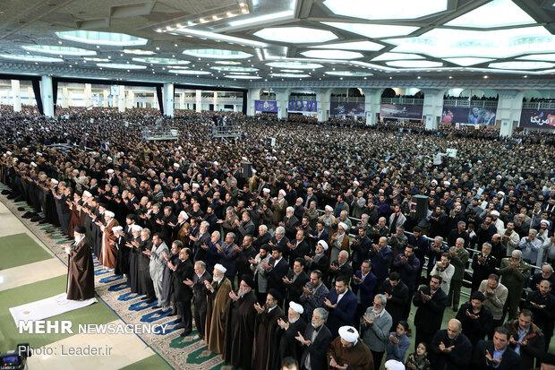 اقامه نماز جمعه تهران به امامت حضرت آیتالله خامنهای