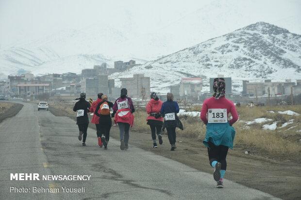 مسابقات دوی کوهستان جام فجر در اراک