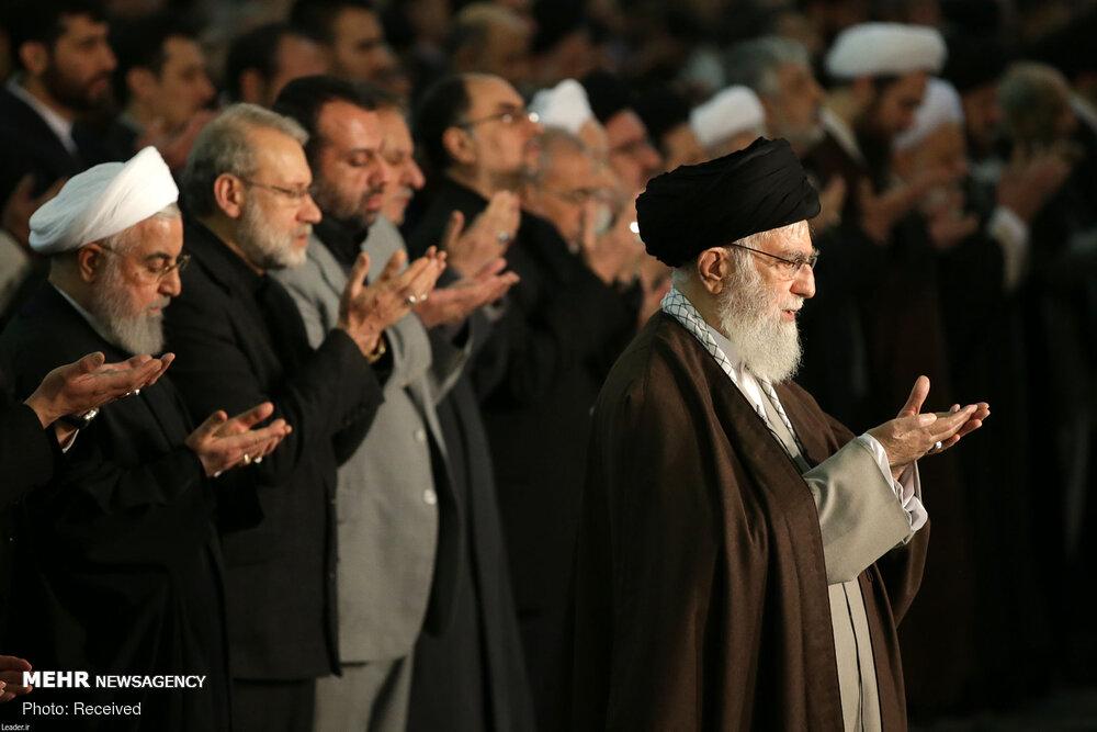 Bugünkü Tahran Cuma namazınından kareler