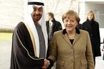 بن زايد يبحث مع ميركل حول لیبیا