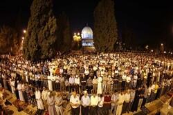 نفير الفجر في الأقصى والإبراهيمي يوحدُ الفلسطينيين ويرعب الإسرائيليين