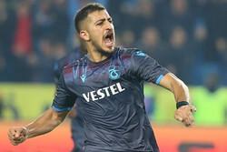 Trabzonspor'da İranlı futbolcu Hosseini kararı