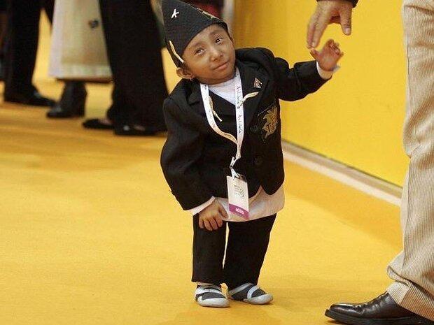 دنیا کے سب سے چھوٹے قد کے انسان کا انتقال ہوگیا