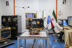 Zafar satellite to start mission by transmitting Martyr Soleimani's image