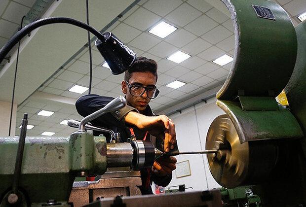 فعالیت کارگاههای فنی و حرفهای بوشهر بر اساس نیاز بازار است