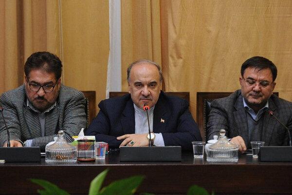 إيران تندد بقرار الاتحاد الاسيوي لكرة القدم بحرمان النوادي الايرانية من استضافة مباريات البطولة
