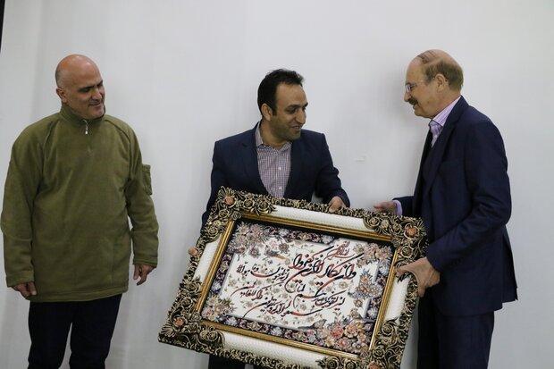 کتاب  «کلیله و دمنه در خورجین» در شیراز رونمایی شد