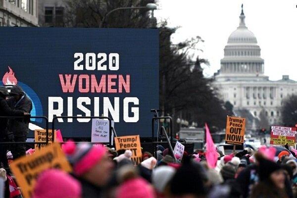 ABD'de binlerce eylemci Trump'ın politikalarını protesto etti