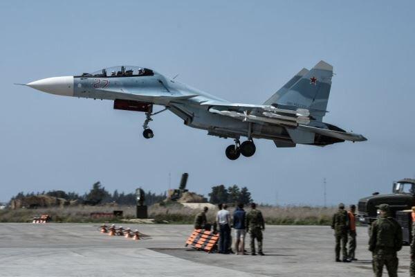 مقابله پدافند هوایی روسیه در پایگاه حمیمیم با پهپادهای ناشناس