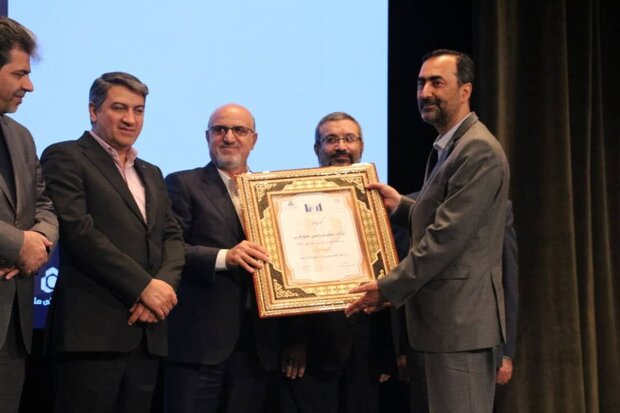 Top petchem companies lauded at IMI-100 ranking conference